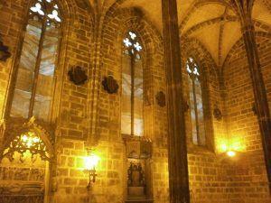 Evento y visita guiada en el Real Convento de Santo Domingo de Valencia, sala capitular de estilo gótico visita