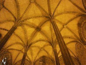 Evento y visita guiada en el Real Convento de Santo Domingo de Valencia, sala capitular visita guiada Valencia