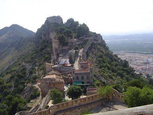 Castillo de Játiva o Xàtiva el cuál visitaremos con nuestro guía para ver las dos partes del mismo, la parte más antigua (castell menor) y la más nueva (castell major)