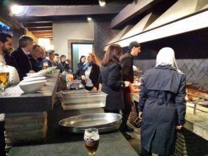Visita guiada VIP a la Albufera con taller de paella en un restaurante de El Palmar, degustación de agua de Valencia y menú cena