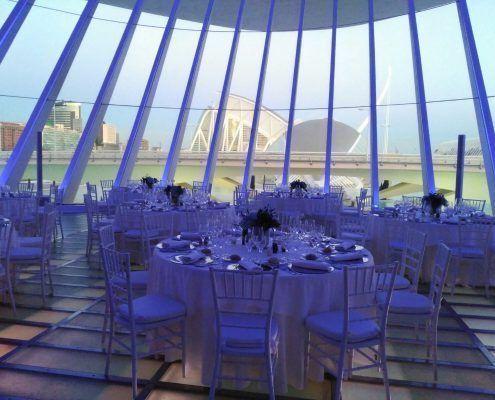 Catering cena buffet en el Vestíbulo principal del Palau de les Arts en la Ciudad de las Artes y las Ciencias de Valencia con visita guiada