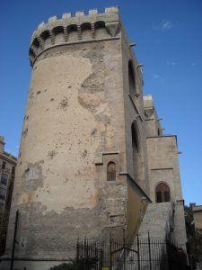 Torres de Quart, torres medievales, Visita guiada al centro histórico de Valencia, ruta especializada y ruta temática para familias en Valencia, visita guiada de las tres murallas