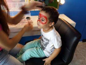 Qué hacer en Valencia con niños, pintacaras, parque de bolas