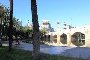 Visita guiada a los Jardines del Turia, visita día enamorados Valencia