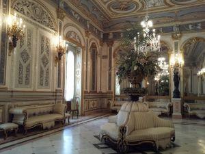 Visita guiada al salón de baile del Museo Nacional de Cerámica González Martí - Palacio del Marqués de Dos Aguas, visitas guiadas especializadas en Valencia, visitas culturales en Valencia, arte en Valencia
