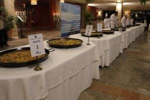 Presentation, tasting and evaluation of the paellas cooked in this paella competition.